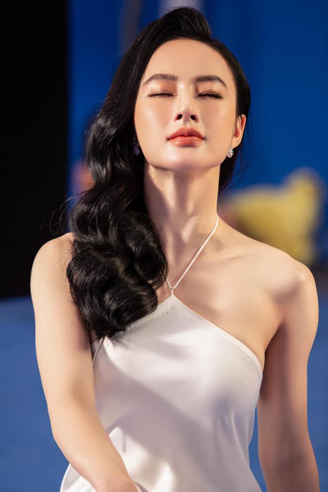 Angela Phương Trinh diện áo hiểm hóc khoe vòng 1 hững hờ, soi vào nhận ra ngay lý do khiến netizen tranh cãi-1