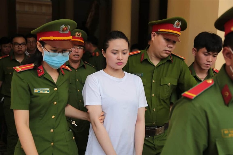 Ngày mai trùm ma túy Văn Kính Dương và người tình Ngọc Miu tiếp tục hầu tòa-2
