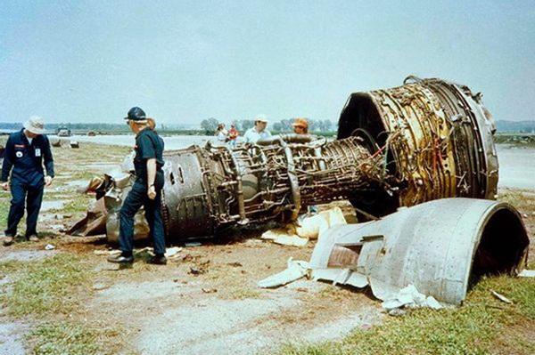 Cảm giác của hành khách trên một chuyến bay gặp nạn: Câu chuyện về vụ tai nạn hàng không kinh hoàng, nhưng cũng kỳ diệu nhất lịch sử nước Mỹ-1