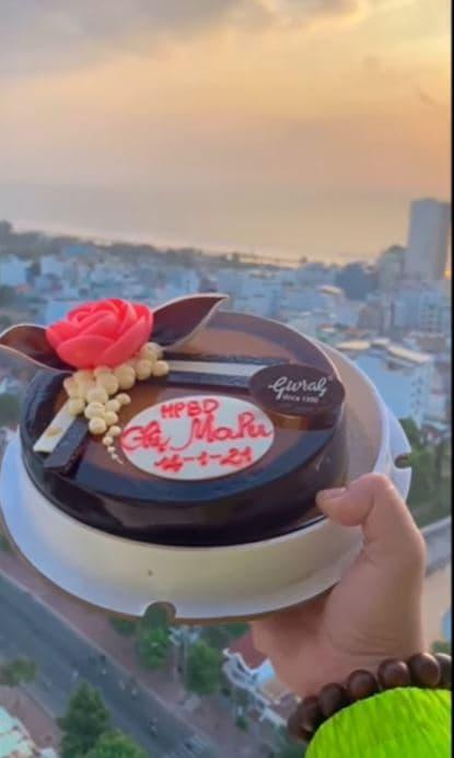 Quản lý cố  Mai Phương nghẹn ngào gửi lời chúc sinh nhật tới diễn viên-3