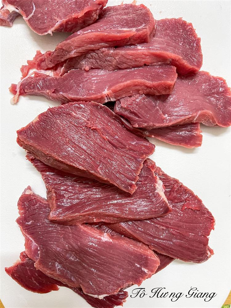 Mách bạn cách chế biến món thịt bò khô thơm ngon chuẩn vị, ngày Tết đãi khách nhâm nhi vừa sang vừa độc đáo-2