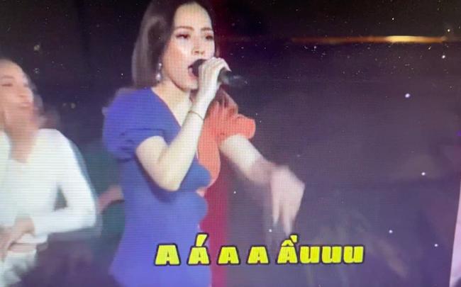 """Vẫn sốc"""" khi nghe Chi Pu hát live, chênh phô không đúng nốt nào, giao lưu với fan mà lạc cả giọng-3"""