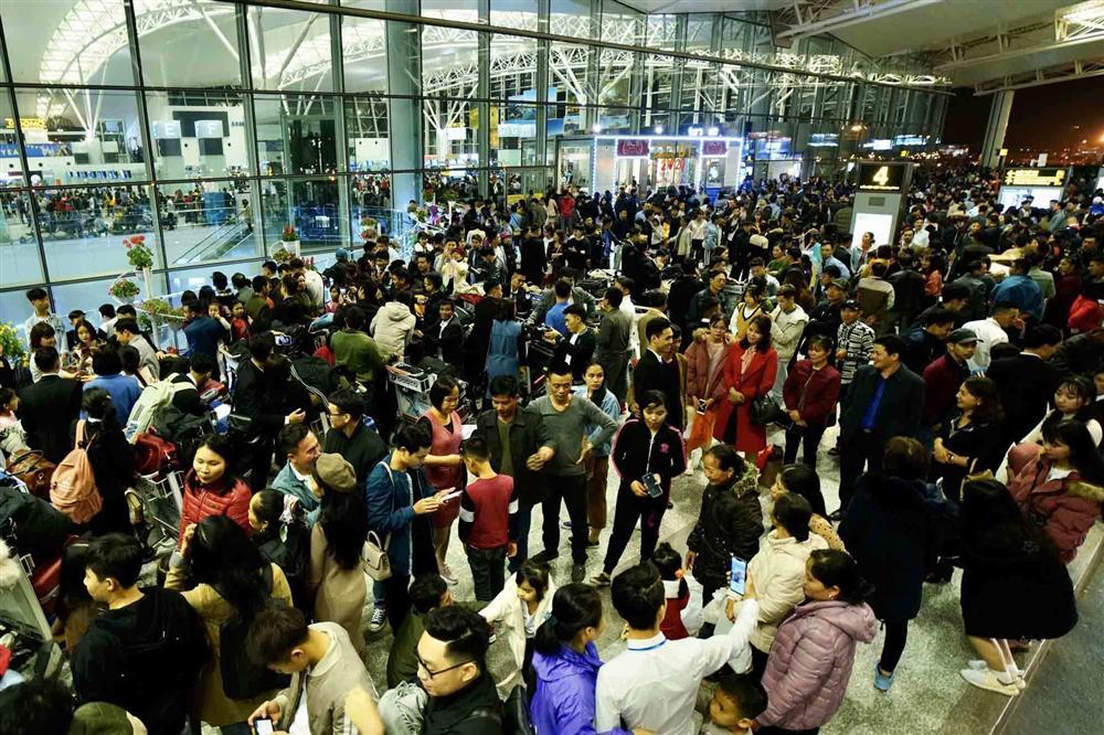 """Tránh mua vé máy bay Tết quá cao, nhiều khách chọn bay lệch"""" cao điểm-1"""