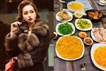 Lã Thanh Huyền đón Tết sớm, bàn ăn toàn món ngon truyền thống, riêng bánh chưng rán hấp dẫnhợp cảnh ngày đônglạnh