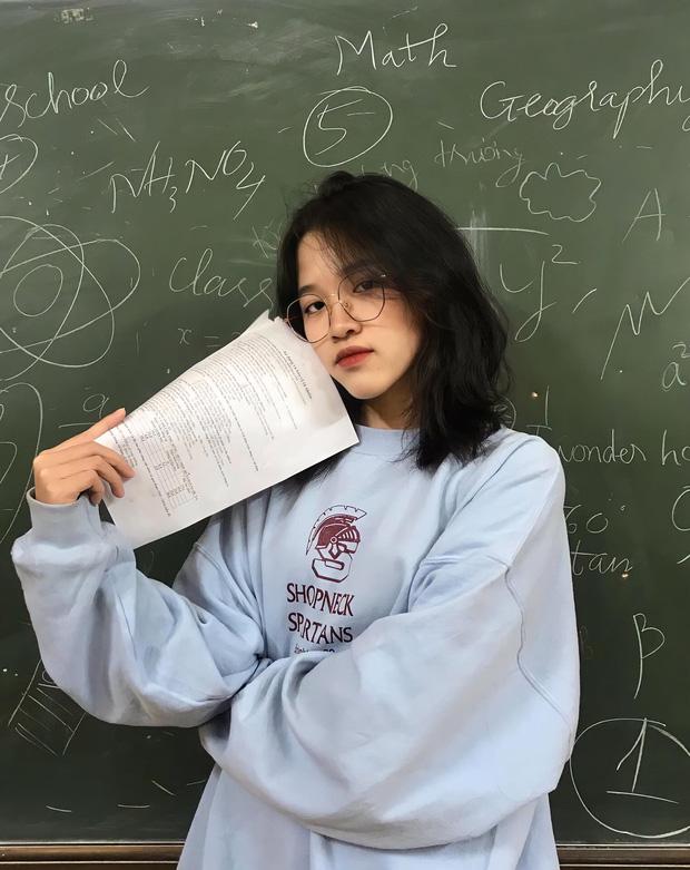 Nữ sinh khác một trời một vực khi đi học mùa hè và mùa đông: Ai bảo nhan sắc không thể đổi trắng thay đen!-5