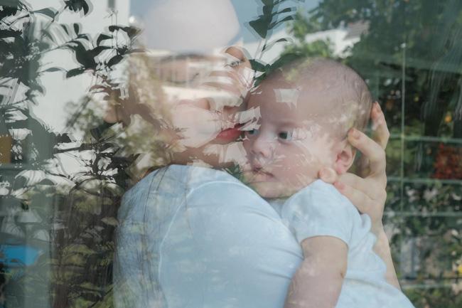 Khoảnh khắc ấm áp giữa Hồ Ngọc Hà và con gái, ngoại hình của cô bé gây chú ý-1
