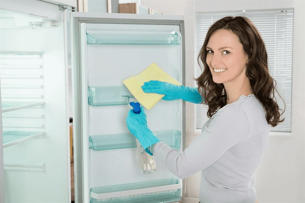 Tủ lạnh gia đình luôn chạy 24/24, áp dụng ngay những tuyệt chiêu dưới đây để không bị đau ví khi thanh toán tiền điện mỗi tháng-9
