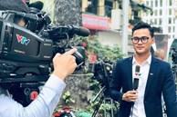 MC Thời sự nam trẻ nhất VTV khiến hội chị em 'đứng hình' vì quá điển trai, biết thêm công việc bên ngoài của anh chàng lại càng bất ngờ hơn