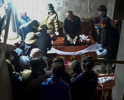 Vụ nghi cha sát hại 2 con rồi tự tử ở Phú Thọ: Chồng cắt tóc vợ vì đi cả đêm không về-2