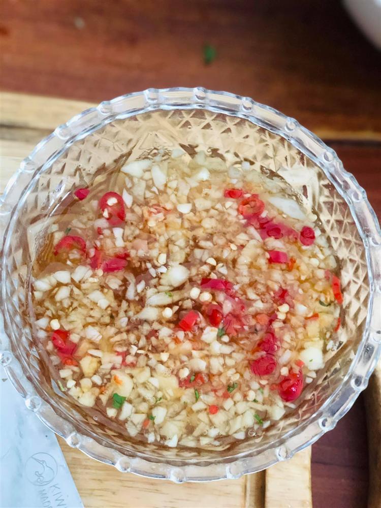 Sung muối xổi và sung muối chua - 2 món ăn giúp các chị em chống ngán giữa các món ăn nhiều đạm trong ngày Tết-3