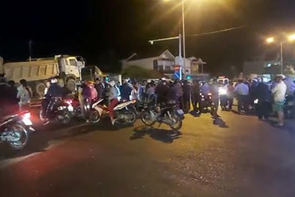 Thi thể nạn nhân bị xe container kéo đi xa khỏi hiện trường khoảng 60km