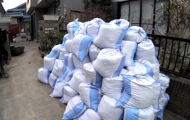 Quỳnh Trần JP lần đầu công khai căn trọ xập xệ trước khi sang nhà mới bạc tỷ ở Nhật, tiết lộ món đồ dùng để dằn mặt chồng-5