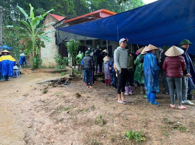 Hé lộ tình tiết đau lòng vụ 3 bố con tử vong trên giường ở Phú Thọ: Bà nội trước đây cũng tự tử-1