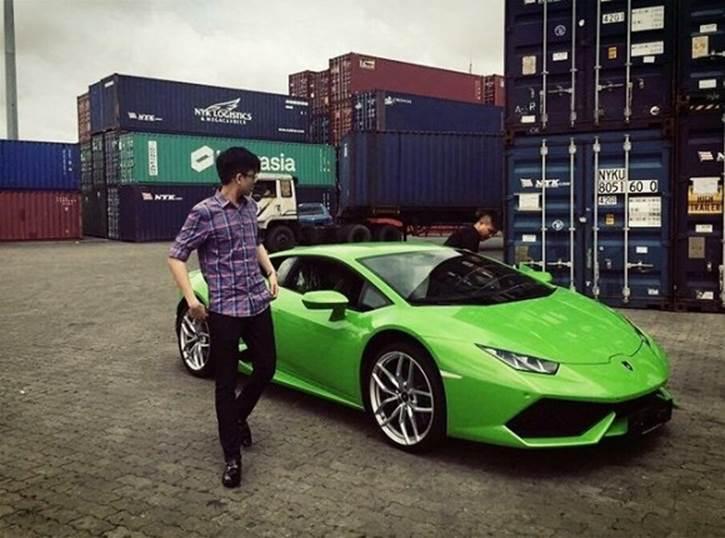 Phan Hoàng - em trai đại gia Phan Thành kết nạp xe sang gần 11 tỷ đồng vào bộ sưu tập siêu xe nhân ngày sinh nhật-4