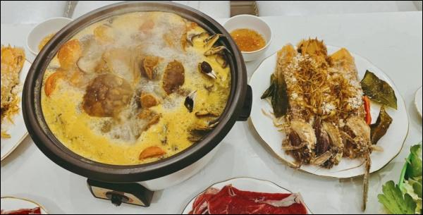 MC Diệp Chi vào bếp bày tiệc đãi bố, dân tình xuýt xoa khen vừa xinh, vừa giỏi lại còn nấu ăn siêu đỉnh-9