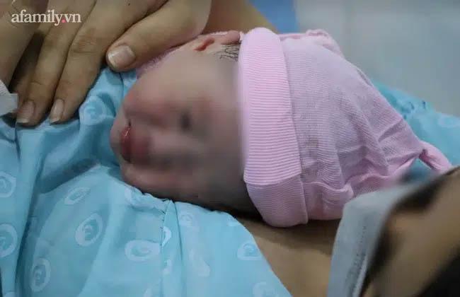 BV Hoàn Mỹ Đà Lạt lên tiếng về vụ sản phụ tử vong sau sinh mổ: Bệnh nhân suy thai, rối loạn đông máu trước khi chết-2