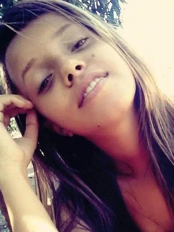 Mẹ kinh hãi phát hiện phần thi thể của con gái ở vườn nhà, sốc hơn khi biết danh tính thủ phạm và hành động ám ảnh của gã-1