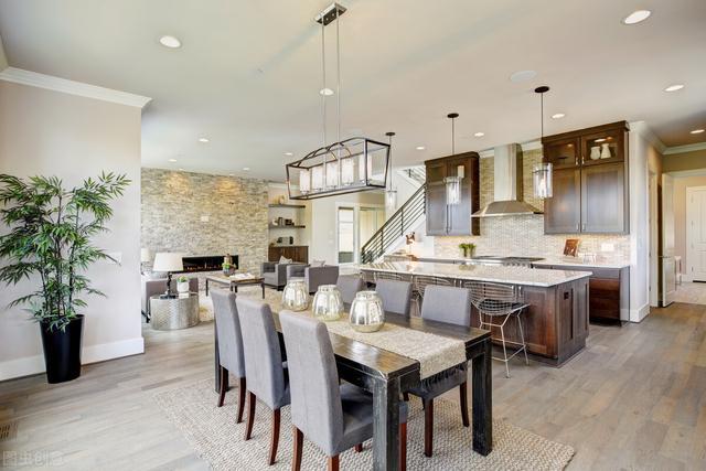 Trong trang trí nhà cửa, nên thiết kế hay mua sắm nội thất trước?-1
