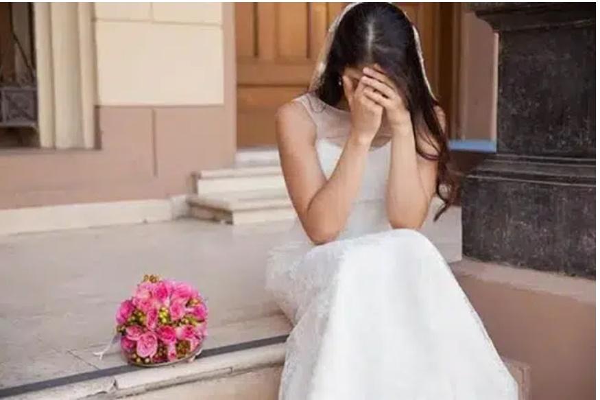 Đã ăn hỏi, chuẩn bị kết hôn, cô dâu nhận tin sét đánh sau lời thầm thì của chú rể và màn hủy hôn cực gắt cùng cảnh tượng có 1-0-2-1