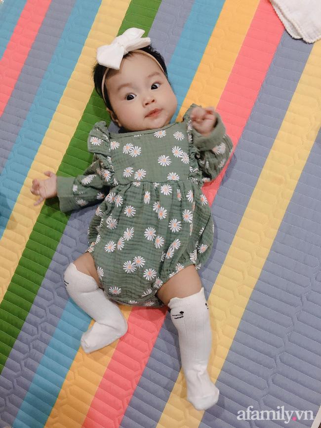 Bé gái 6 tháng tuổi mặt như tấu hài, còn khiến mẹ muốn trầm cảm luôn khi bắt chước biểu cảm quạo y chang bố-6
