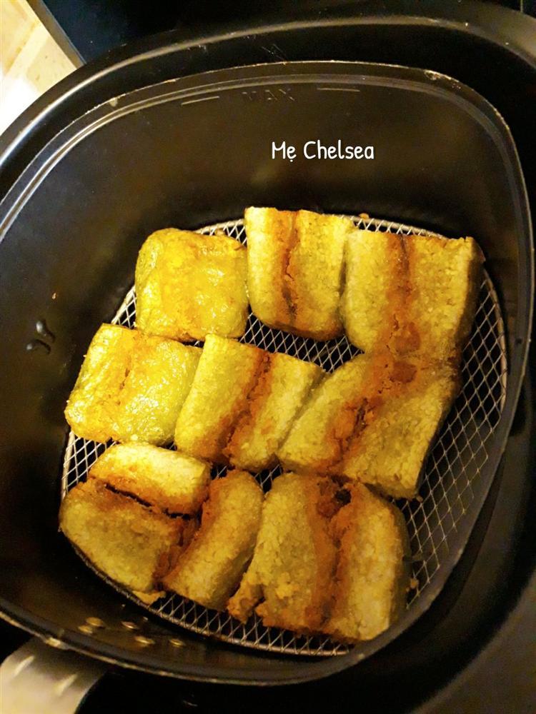 Cách rán bánh chưng bằng nồi chiên không dầu, vừa ngon, lạ miệng lại không lo ngấy sau Tết-3
