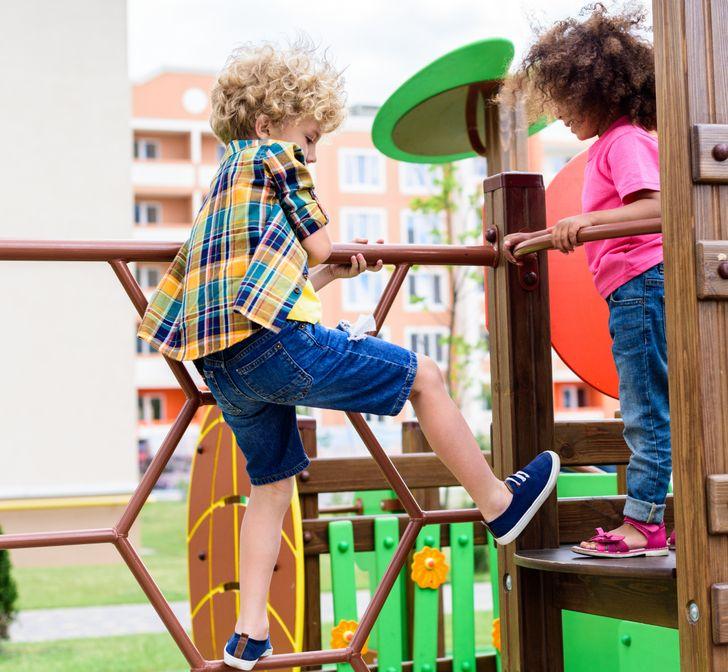 9 điều có hại cho trẻ vẫn diễn ra hằng ngày mà nhiều cha mẹ không nhận ra-9