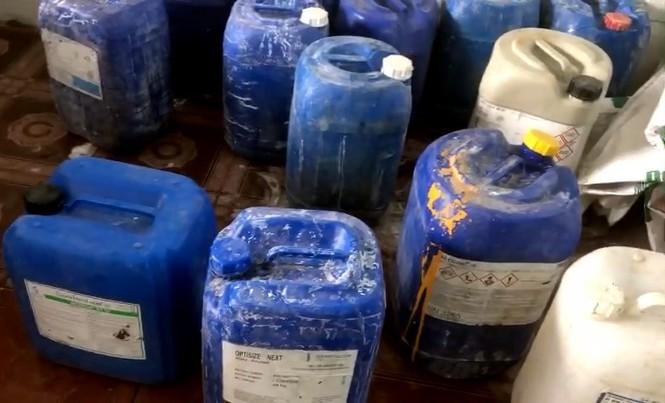 Đột kích cơ sở mỗi ngày tuồn hàng tấn ốc ngậm hóa chất ra thị trường-3