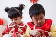 Đứa trẻ biết ơn cha mẹ suốt đời chỉ vì bài học dạy cách dùng tiền lì xì Tết