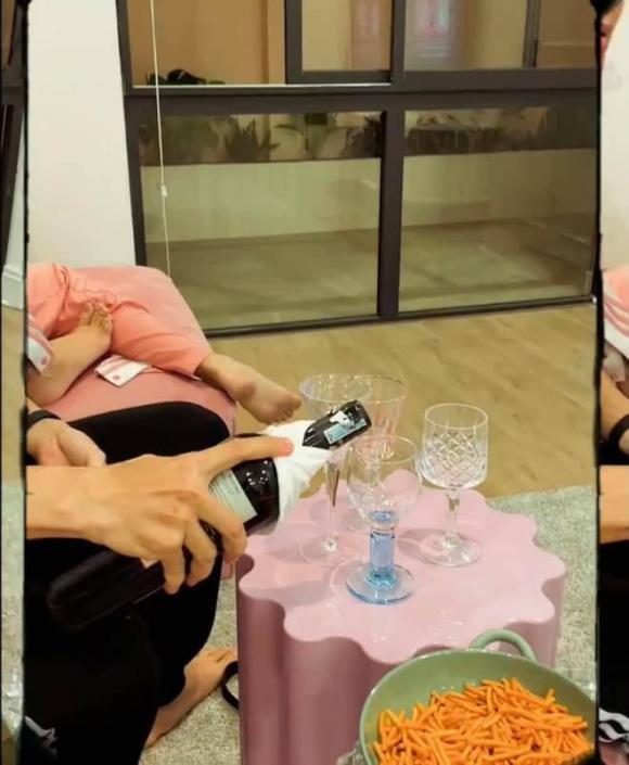 Quỳnh Anh Shyn hé lộ mọi ngóc ngách của căn hộ mới tậu: Nhìn qua cũng thấy xinh sang-6