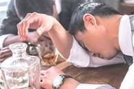 Từ vụ người đàn ông ngộ độc rượu nặng rồi tử vong, chuyên gia cảnh báo đàn ông cần chú ý dịp Tết đến