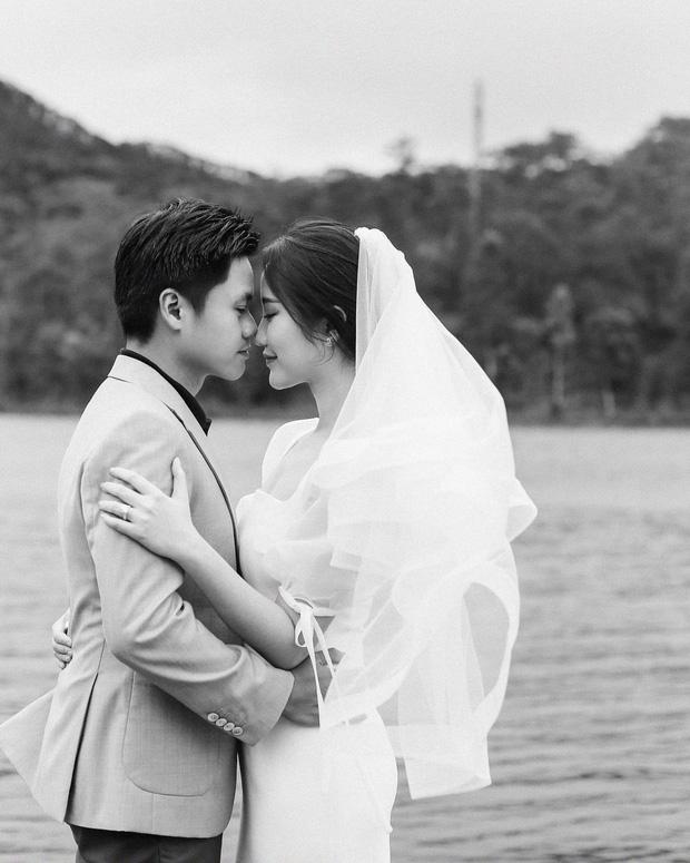 Đại gia Phan Thành lên mạng nhắc khéo khách mời nhớ ngày hôn lễ diễn ra, ai ngờ đâu bị bạn bè chê được vỗ béo nên mặt hơi căng-4
