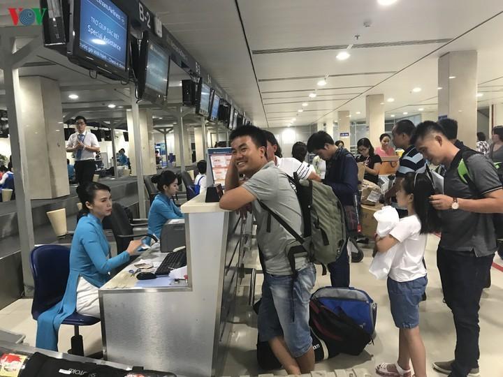 Chuyện lạ 2021: Giá vé máy bay đi chơi đắt hơn về quê ăn Tết-2