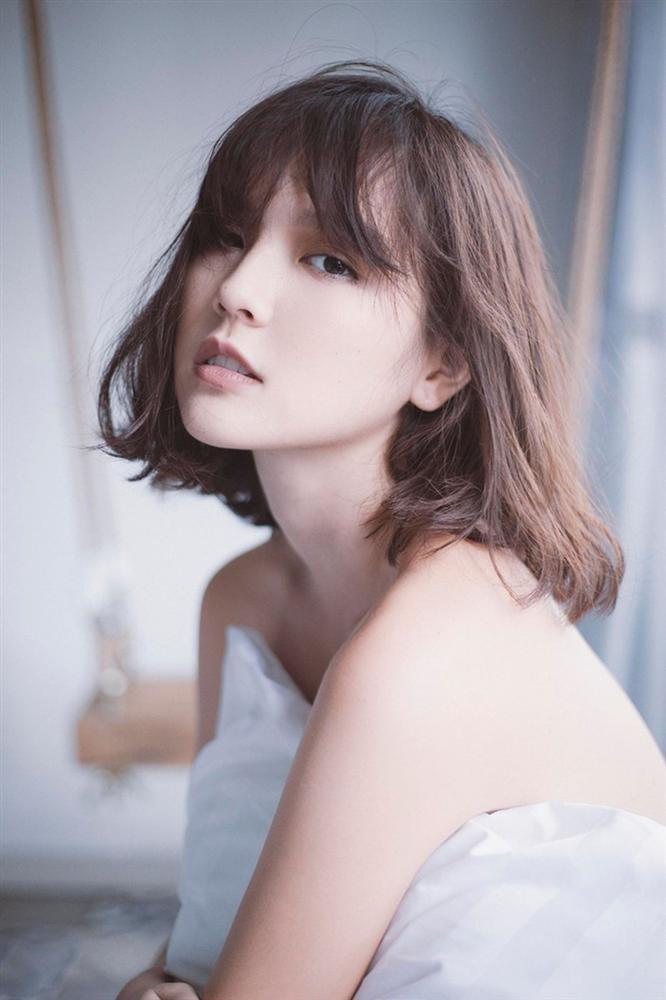 Đọ style tóc của Hải Tú và Thiều Bảo Trâm: Người để hoài tóc ngắn mong manh, người cân đẹp mọi kiểu khó nhằn-2