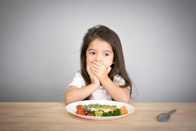 Nạn đói tiềm ẩn và những dấu hiệu đơn giản cha mẹ dễ bỏ qua khiến trẻ có nguy cơ thấp còi, yếu ớt-1