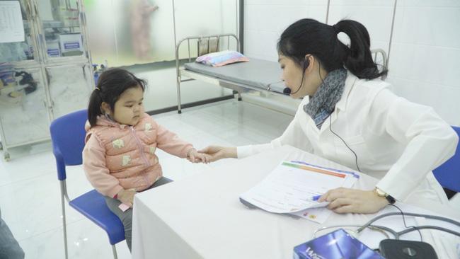 Nạn đói tiềm ẩn và những dấu hiệu đơn giản cha mẹ dễ bỏ qua khiến trẻ có nguy cơ thấp còi, yếu ớt-3
