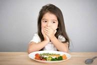 'Nạn đói tiềm ẩn' và những dấu hiệu đơn giản cha mẹ dễ bỏ qua khiến trẻ có nguy cơ thấp còi, yếu ớt