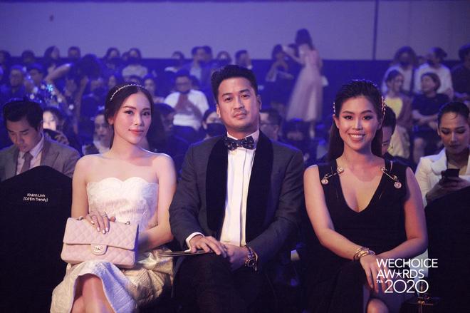 Dàn hot couple sánh vai tại Gala WeChoice Awards: Linh Rin - Phillip Nguyễn trông như vợ chồng son, Wean - Naomi bao ngầu-1