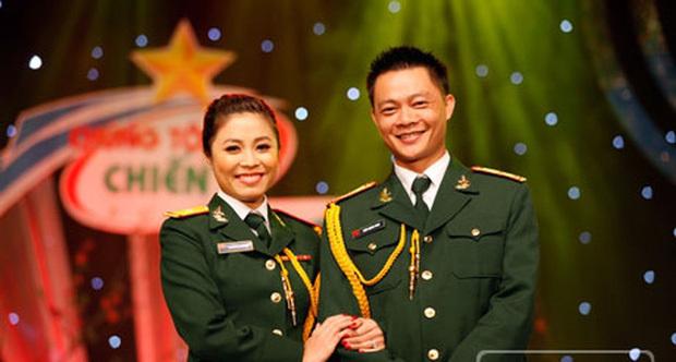 BTV Quang Minh đi họp phụ huynh nhưng phút cuối mới biết nhầm lớp-2