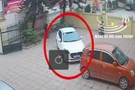 Clip: Chiếc ô tô mới cứng bất ngờ vọt ga băng qua đường lao vào cột điện, trích xuất camera khiến tất cả sững sờ