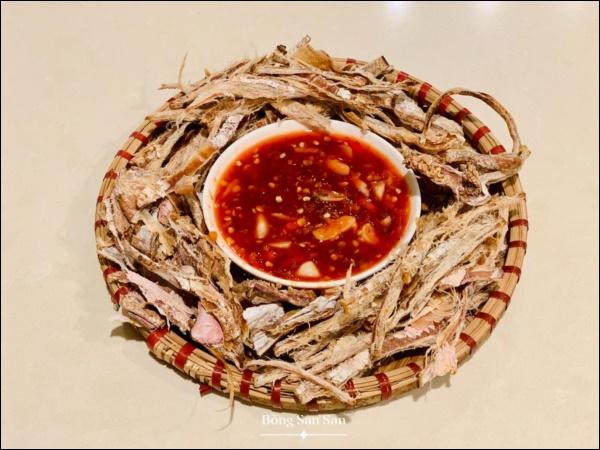 Mâm cơm Tất niên của chị đẹp San San năm đầu ở Mỹ, toàn món ngon truyền thống đậm đà hương vị quê nhà-7
