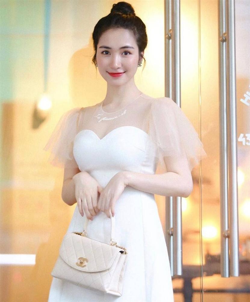 Dân mạng xôn xao hình ảnh Hoà Minzy làm cô dâu: Đã chốt sổ tổ chức đám cưới với bạn trai thiếu gia?-3