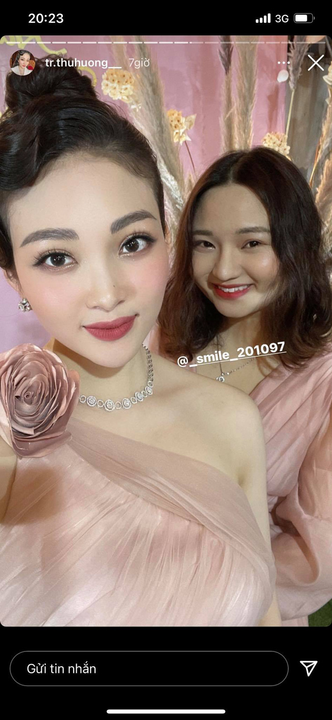 """Cô dâu đeo 200 cây vàng"""" bất ngờ chiếm trọn spotlight trên mạng xã hội khi tổ chức tiệc sinh nhật hoành tráng tại lâu đài xịn bậc nhất Nam Định-2"""
