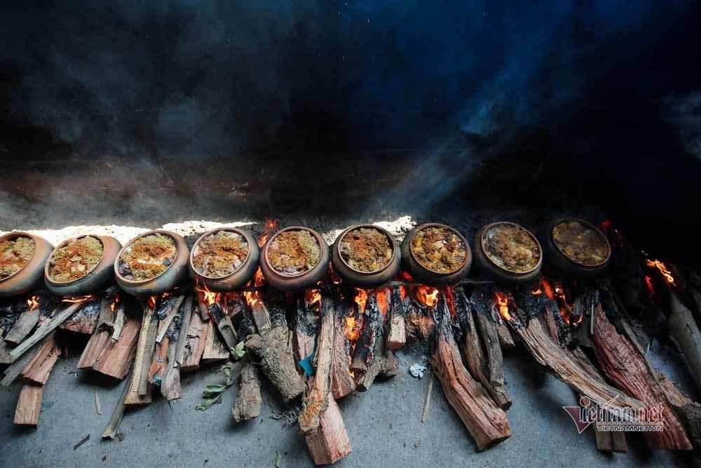 Nổi lửa suốt 15 tiếng, niêu cá 4 trong 1 đặc biệt làng Vũ Đại-12