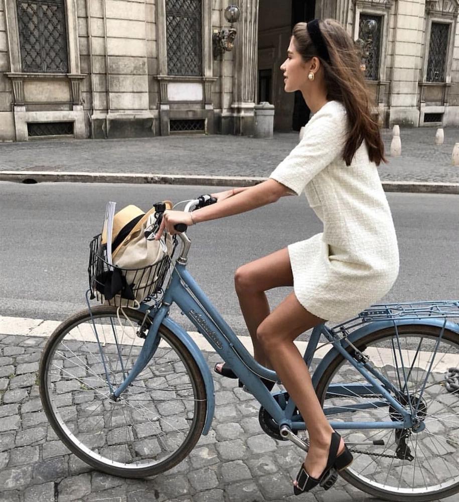 Gái Pháp không chỉ mặc đẹp mà còn chăm da cực đỉnh, học xong 4 tips của họ là làn da sẽ rạng rỡ hẳn lên-2