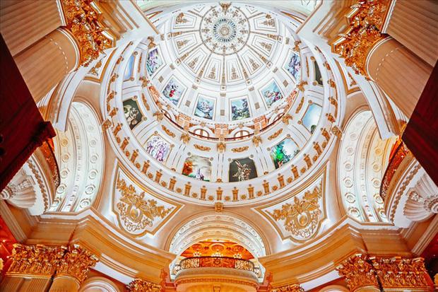 Cận cảnh lâu đài dát vàng của đại gia xi măng ở Ninh Bình: Xây thô hết 400 tỷ, nội thất đắt đến choáng ngợp-5