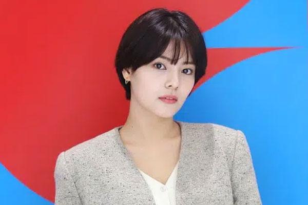 Sốc: Người đẹp 'School 2017' Song Yoo Jung tự tử ở tuổi 26