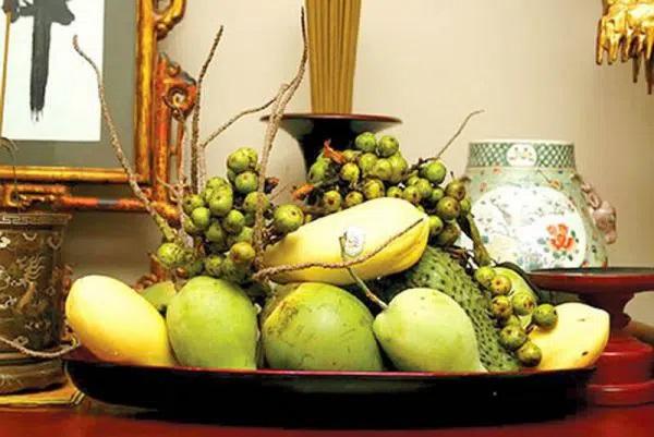 Cách bày mâm ngũ quả ngày Tết: Làm sao để chọn được hoa quả đẹp mắt dâng lên tổ tiên?-3
