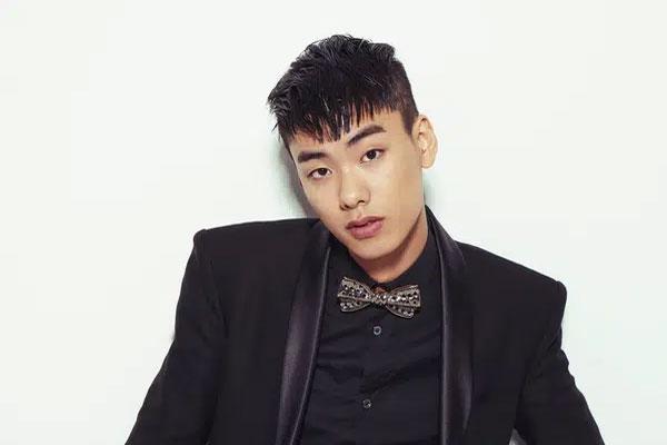 Showbiz Hàn lại thêm tin dữ: Nam rapper Iron (tên thật Jung Heon-cheol) qua đời
