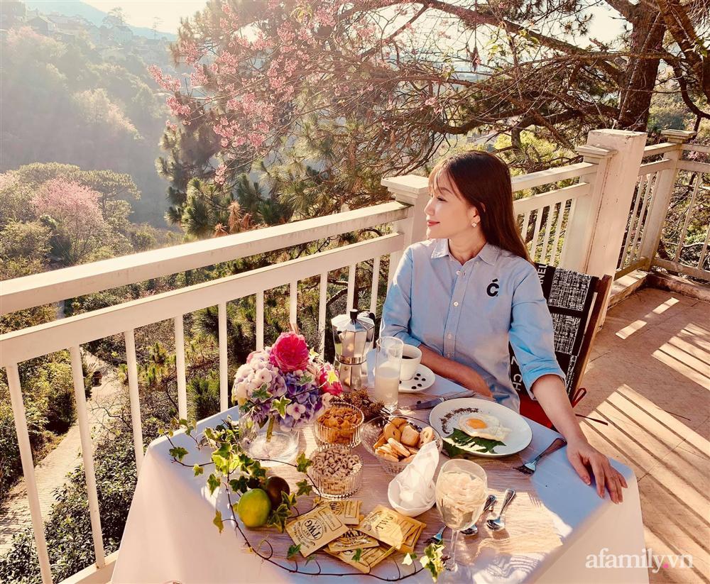 Ngôi nhà nhỏ yên bình sở hữu khu vườn đẹp như xứ sở thần tiên giữa lưng chừng đồi ở Đà Lạt-27