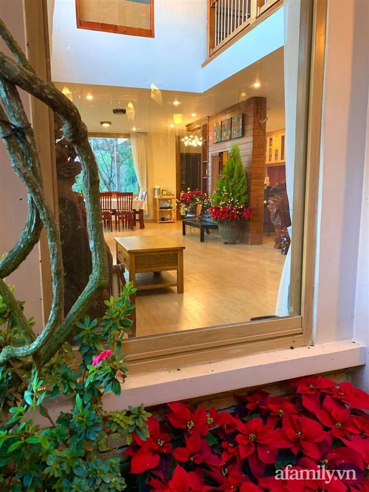 Ngôi nhà nhỏ yên bình sở hữu khu vườn đẹp như xứ sở thần tiên giữa lưng chừng đồi ở Đà Lạt-36